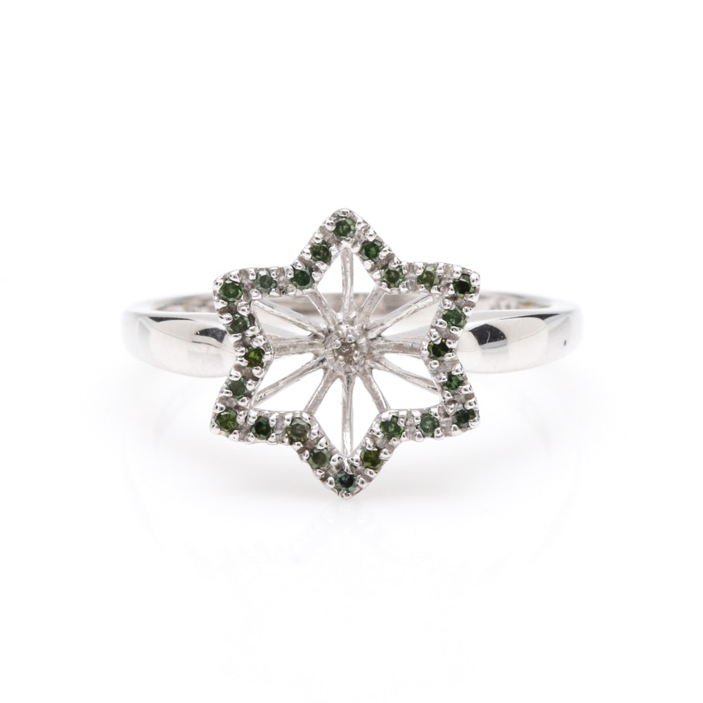 14K White Gold Diamond Star Ring