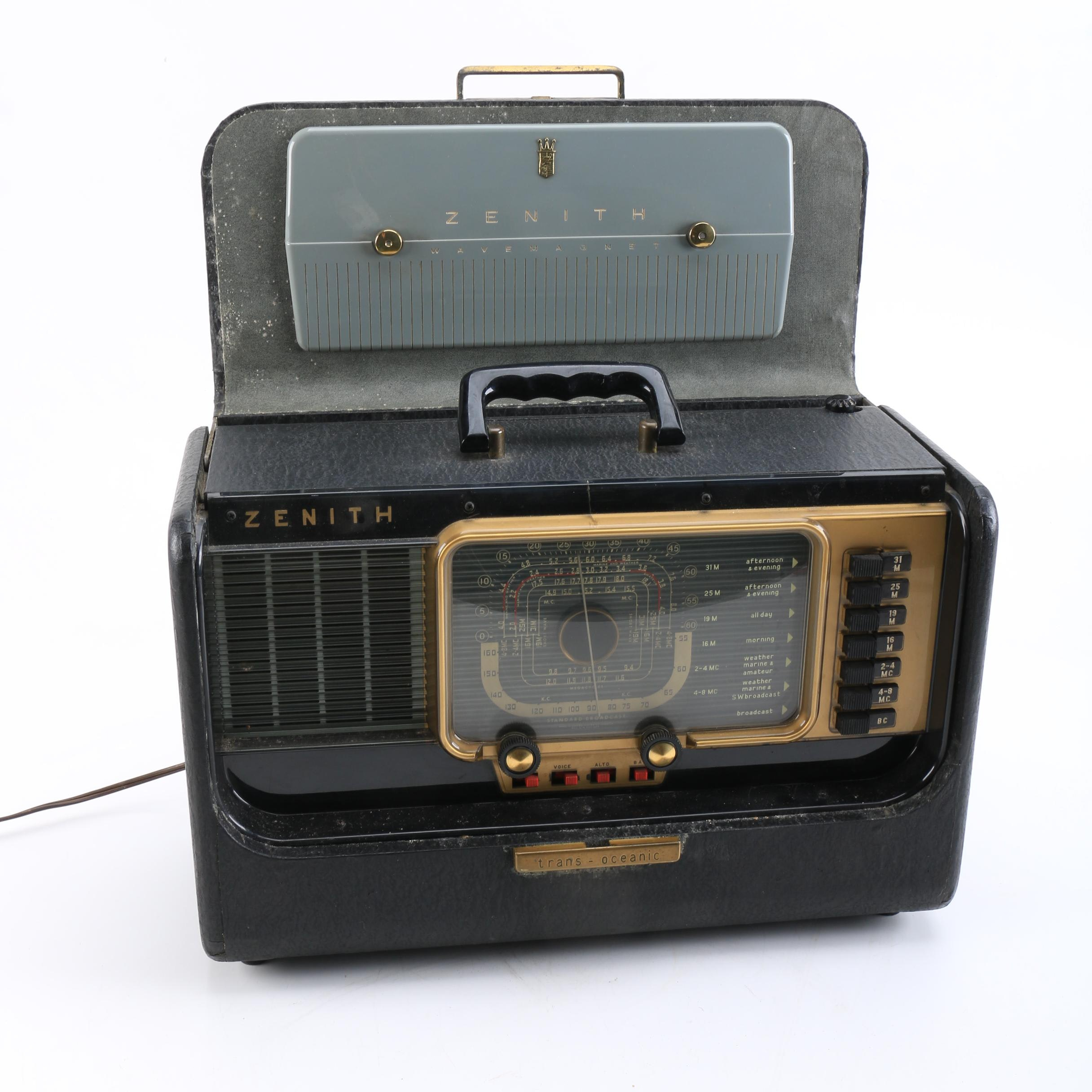 Zenith Trans-Oceanic Radio with Carrying Case
