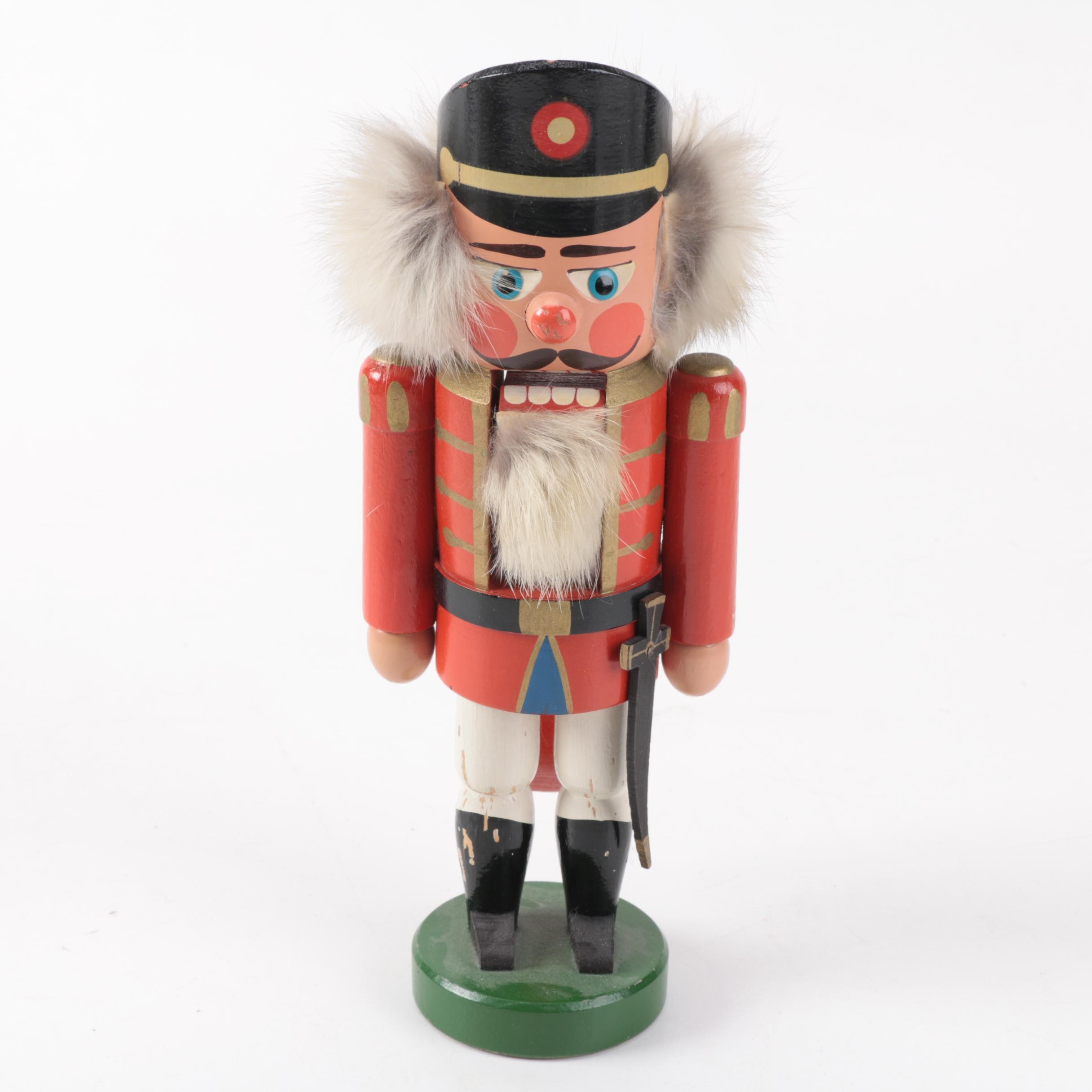 Spielwaren Heisswolf Wooden Nutcracker