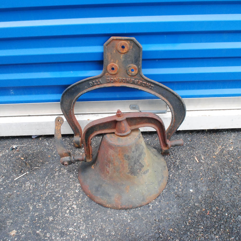 Vintage Independence 1776 Cast Iron Bell