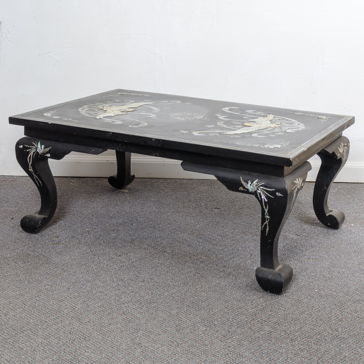 Black Lacquer Chinese Coffee Table with Abalone Inlay