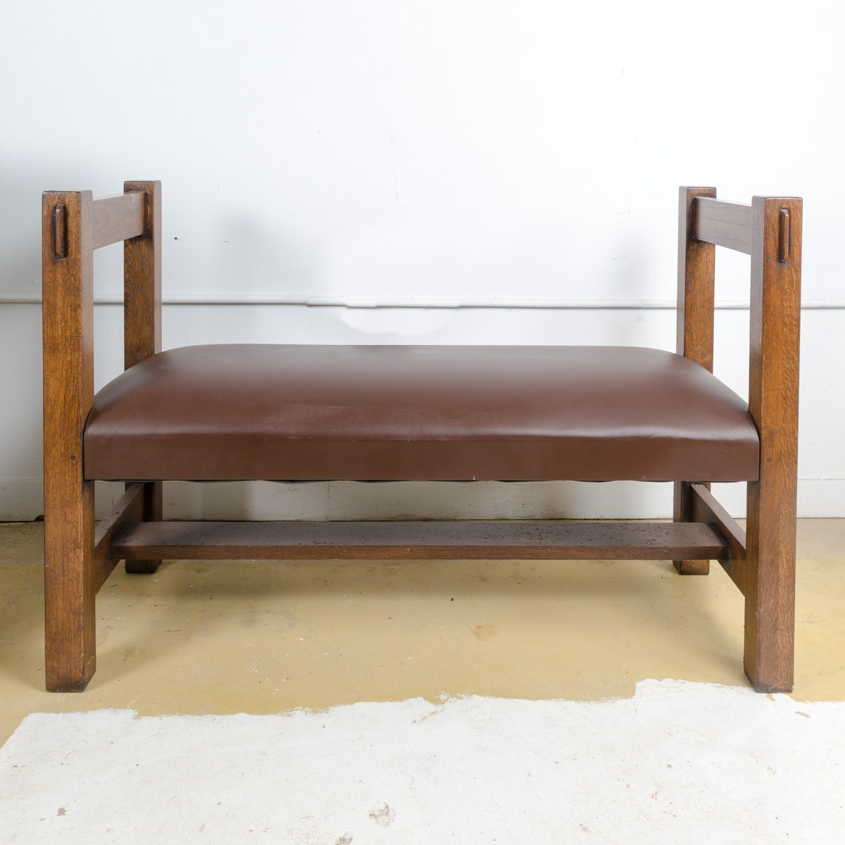 Mission Style Oak Bench with Leather Seat