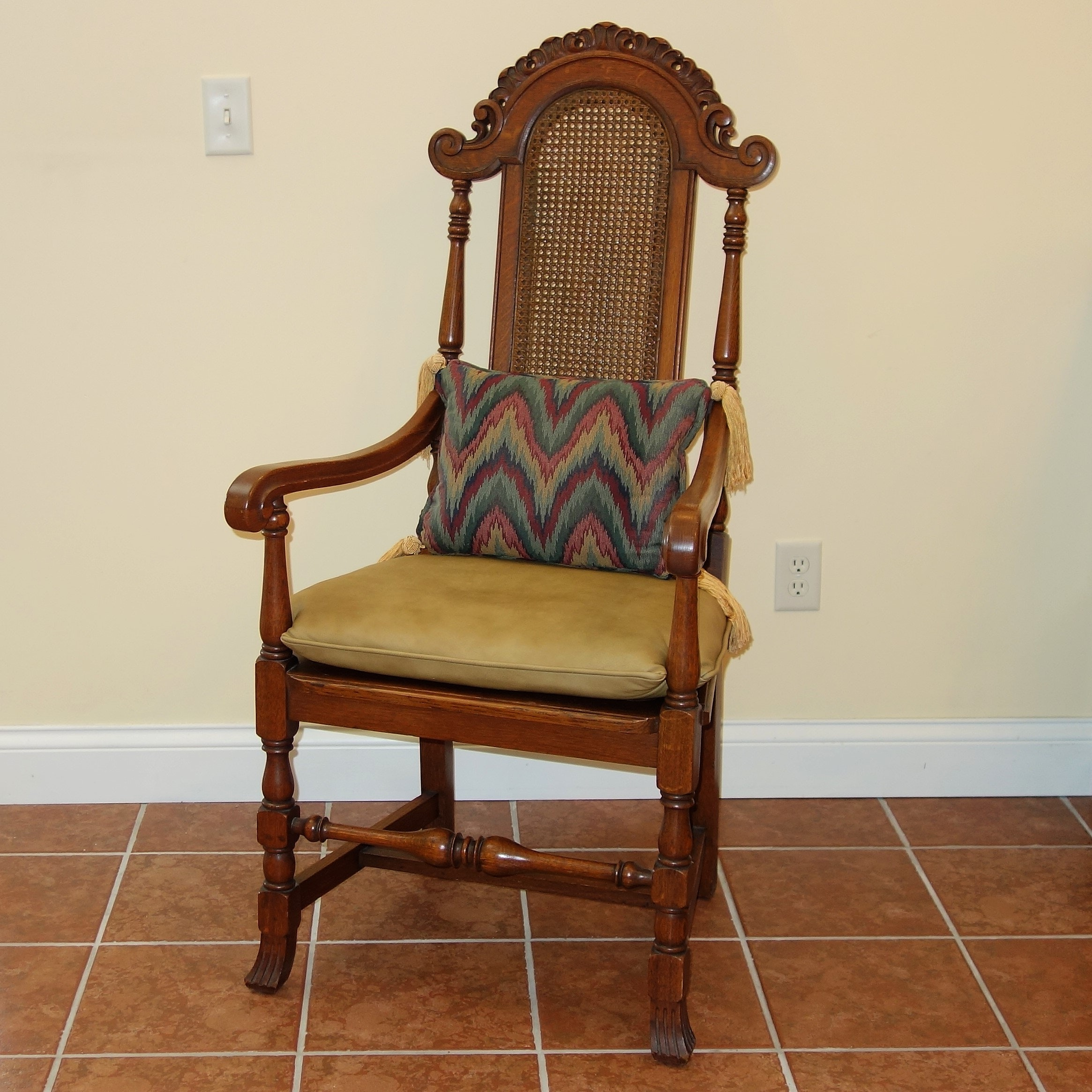Vintage French Provincial Style Chair