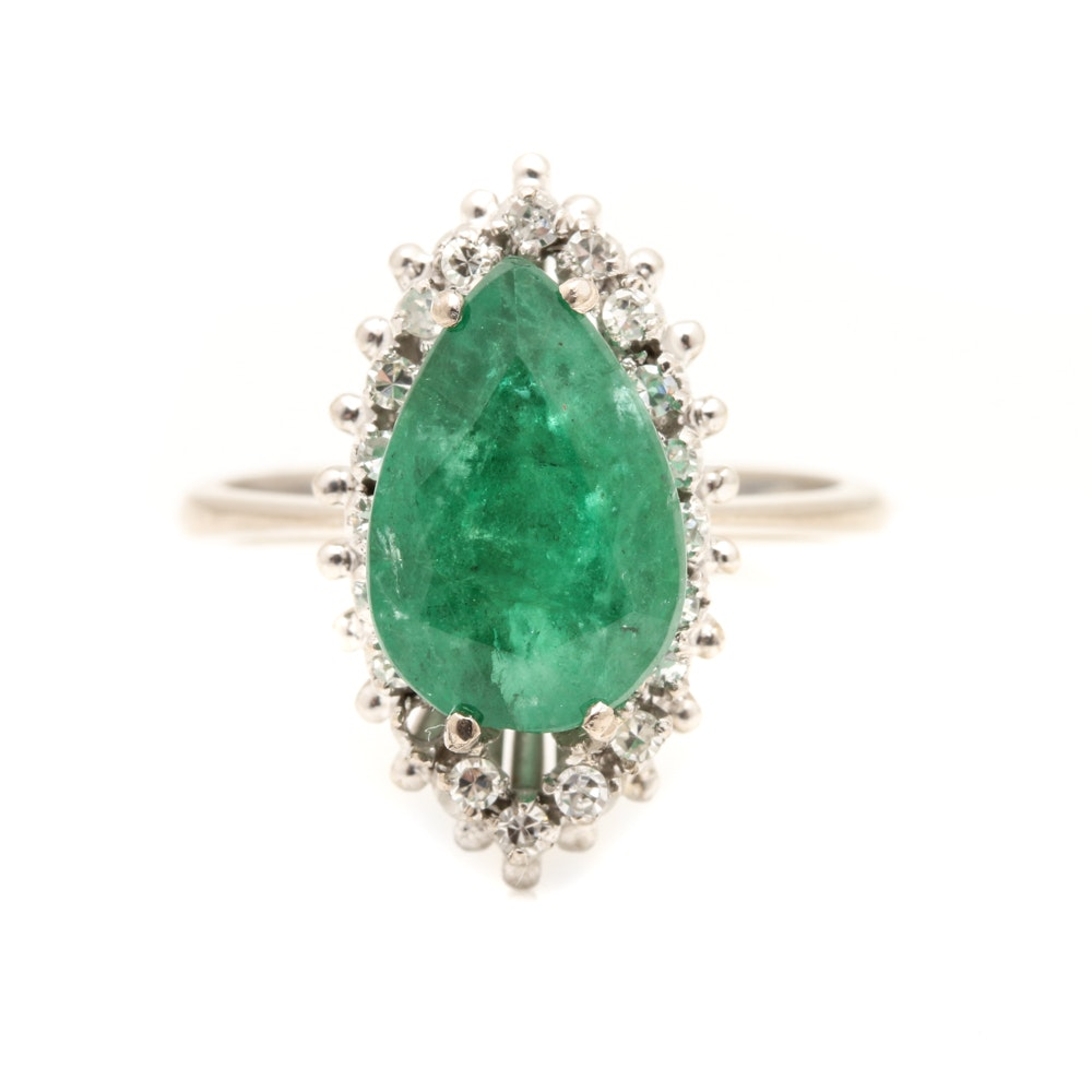 18K White Gold 3.13 CT Emerald Diamond Ring