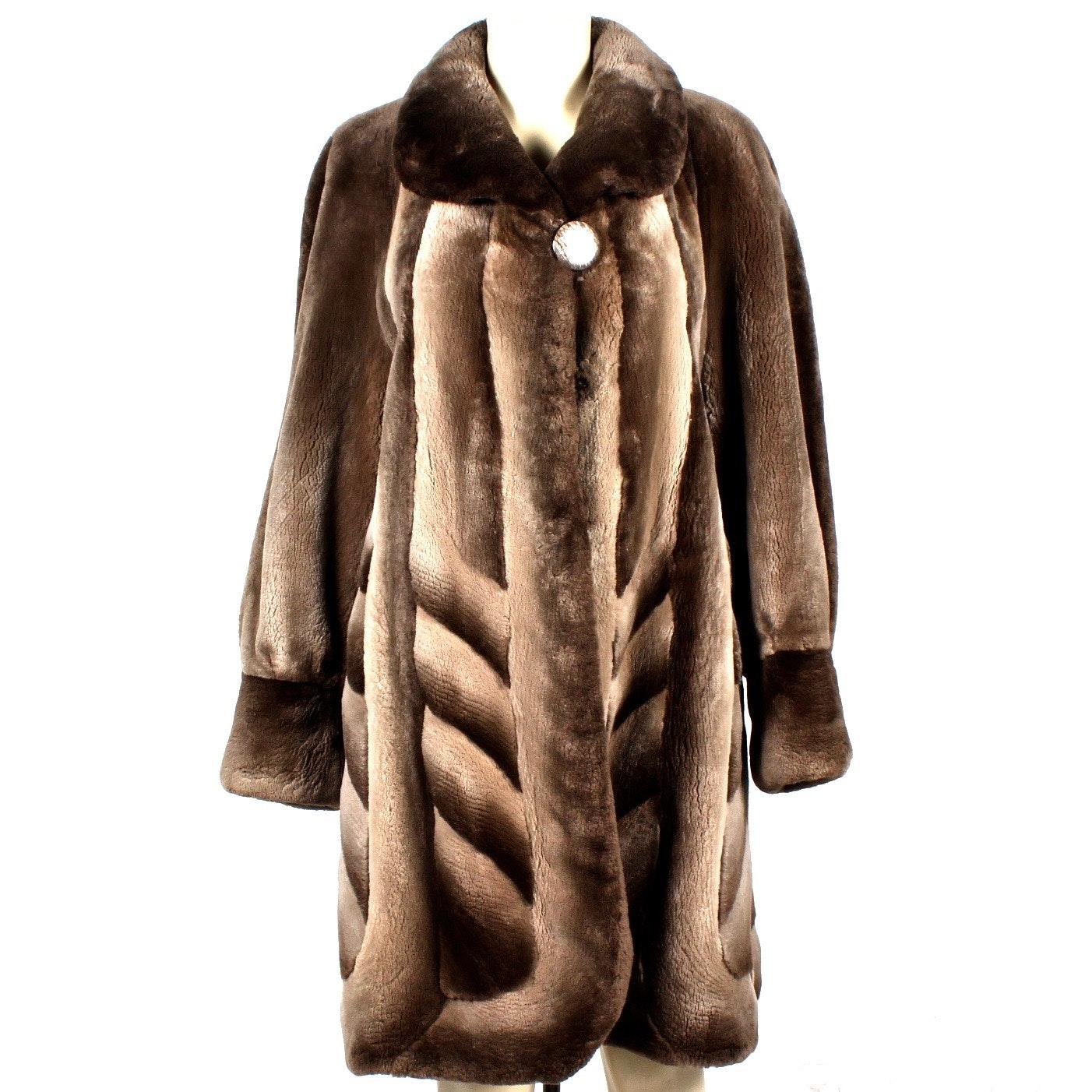 Sheared Phantom Beaver Fur Stroller