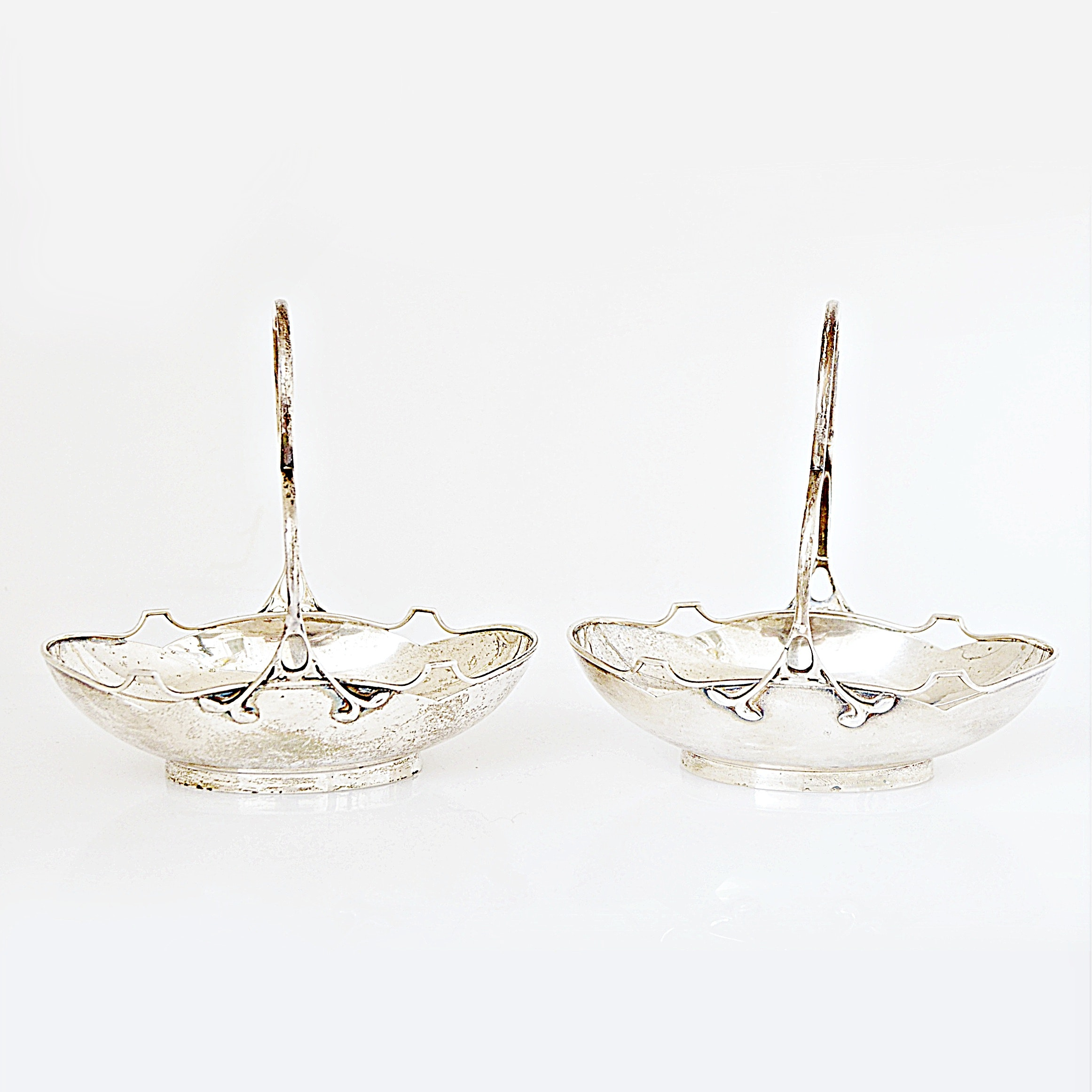 1910 E. S. Barnsley & Co. Sterling Silver Basket Dishes