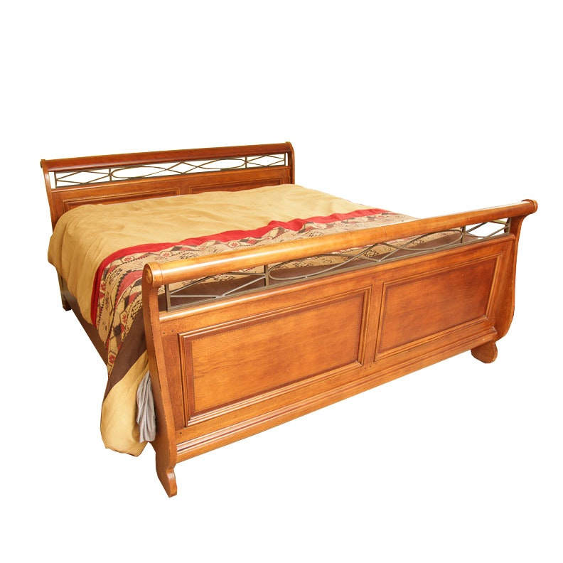 Sleigh Bed in King-Size