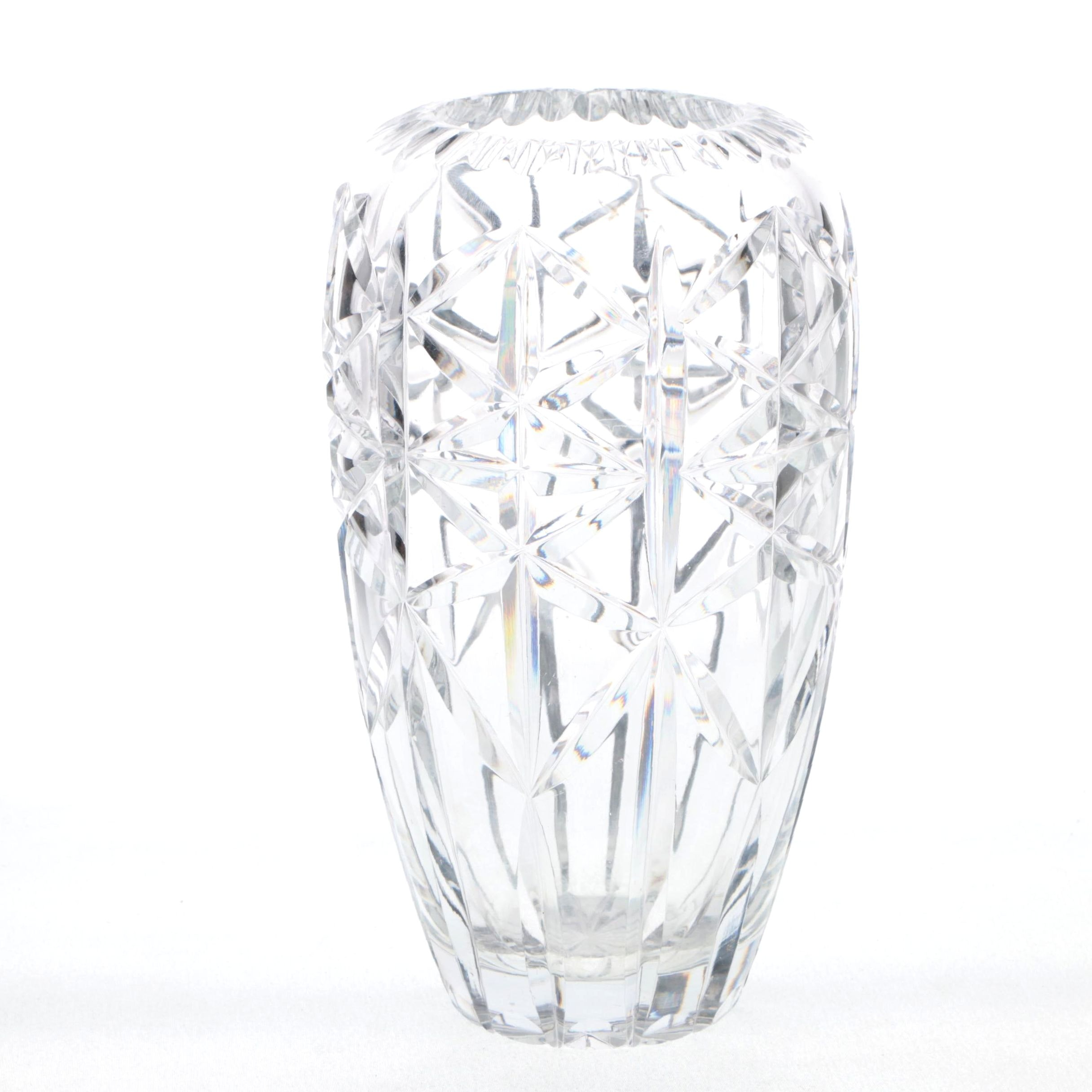 Deco Revival Crystal Vase