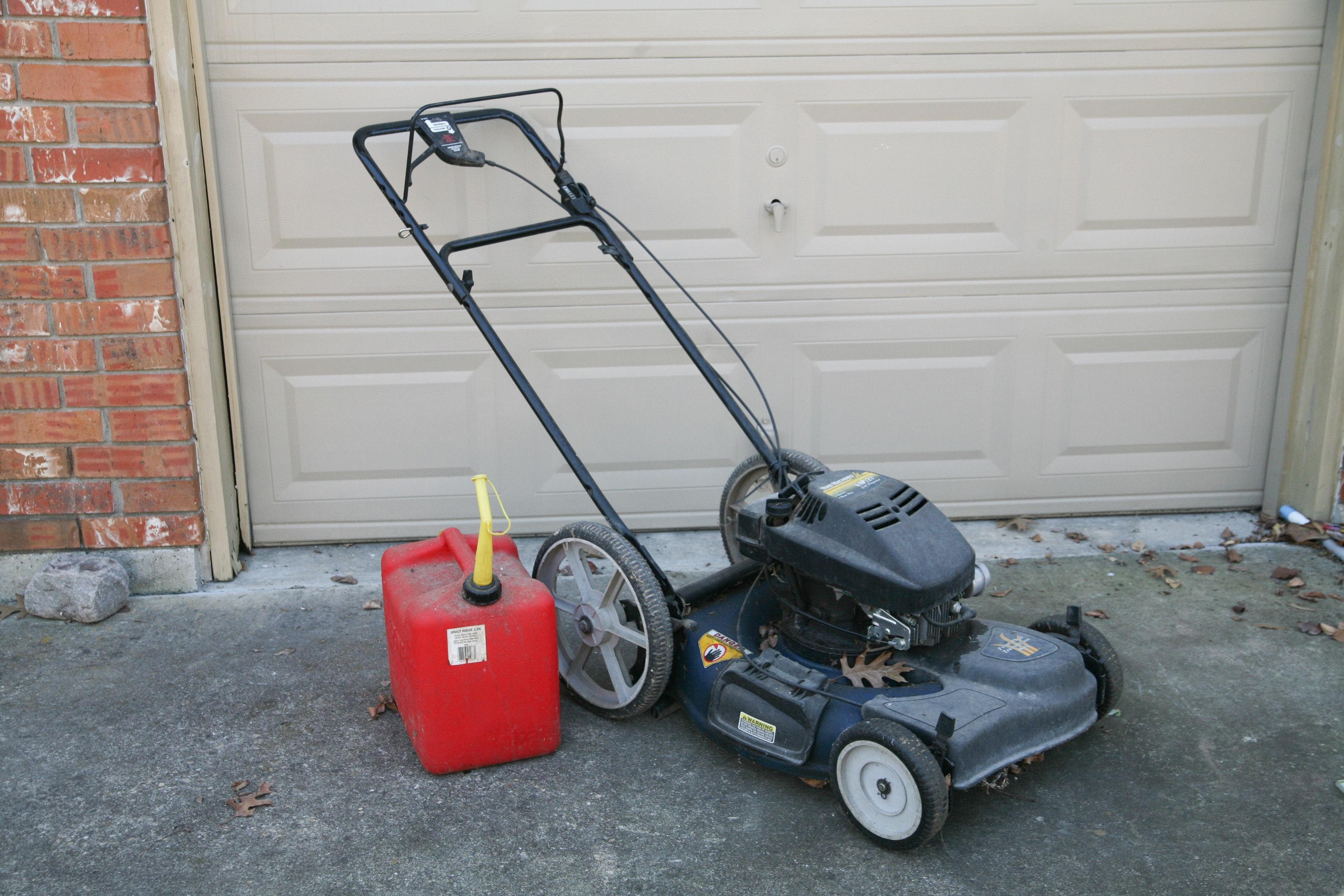 MTD Yard Machines Lawnmower