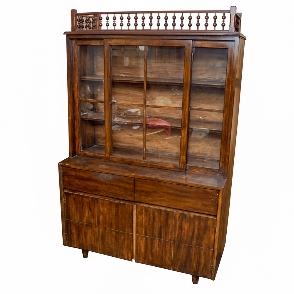 Mid Century Modern China Cabinet by Mengel