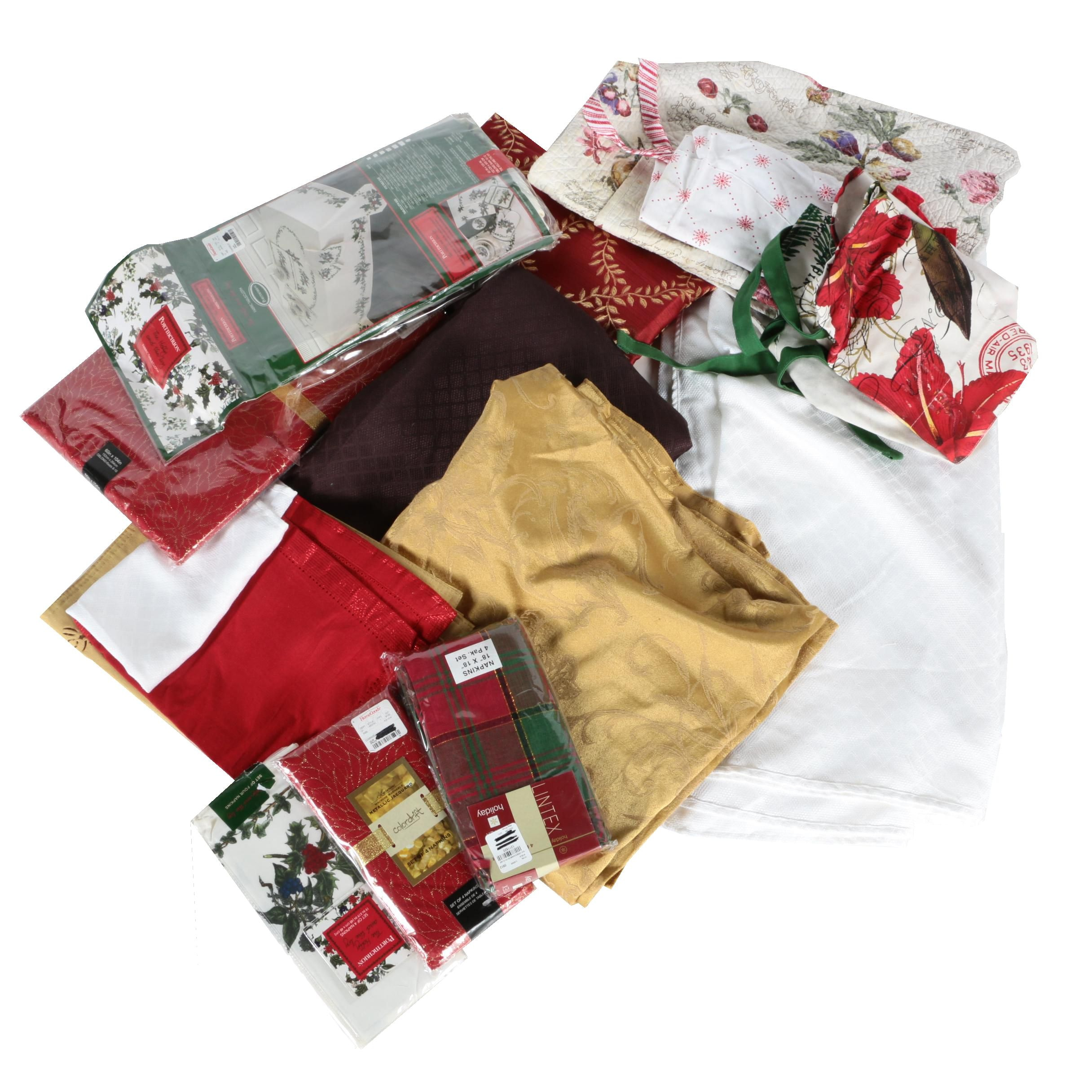 Assortment of Holiday Kitchen Linens