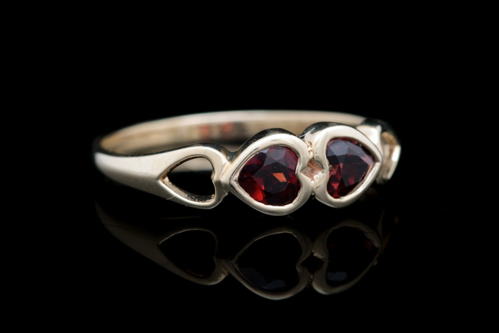 10K Yellow Gold and Garnet Ring