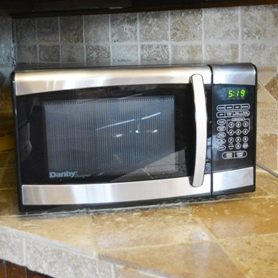 Danby Designer Counter Top Microwave