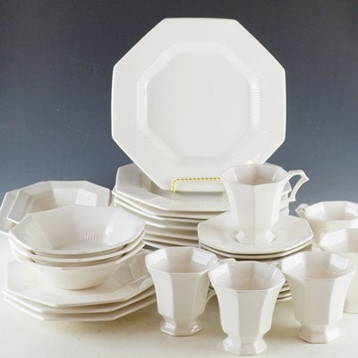 "Nikko ""Classic Collection"" Dinnerware Set"