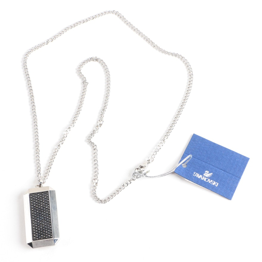 swarovski dog tag style crystal pendant and silver tone chain