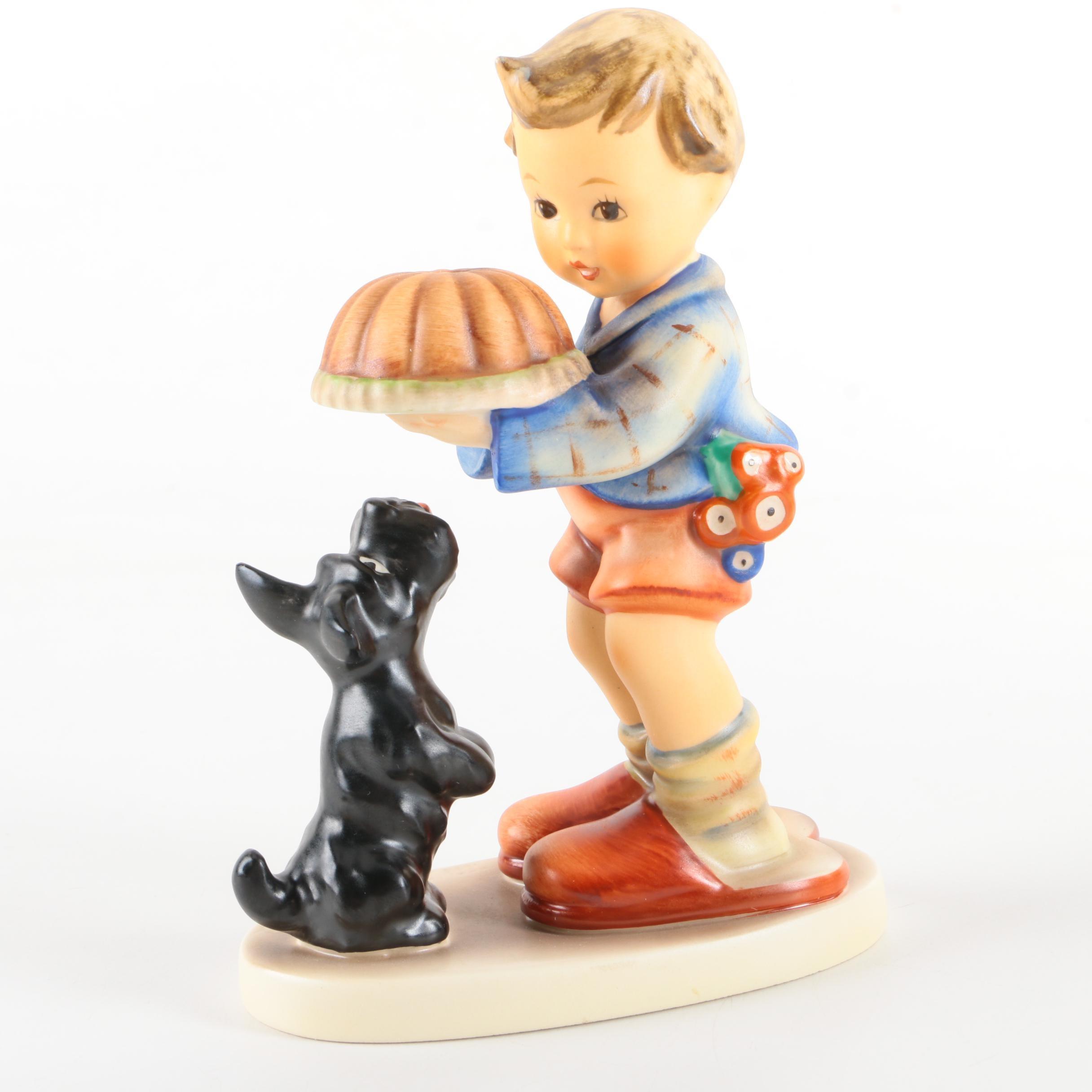 """Goebel Hummel """"Begging His Share"""" Figurine"""