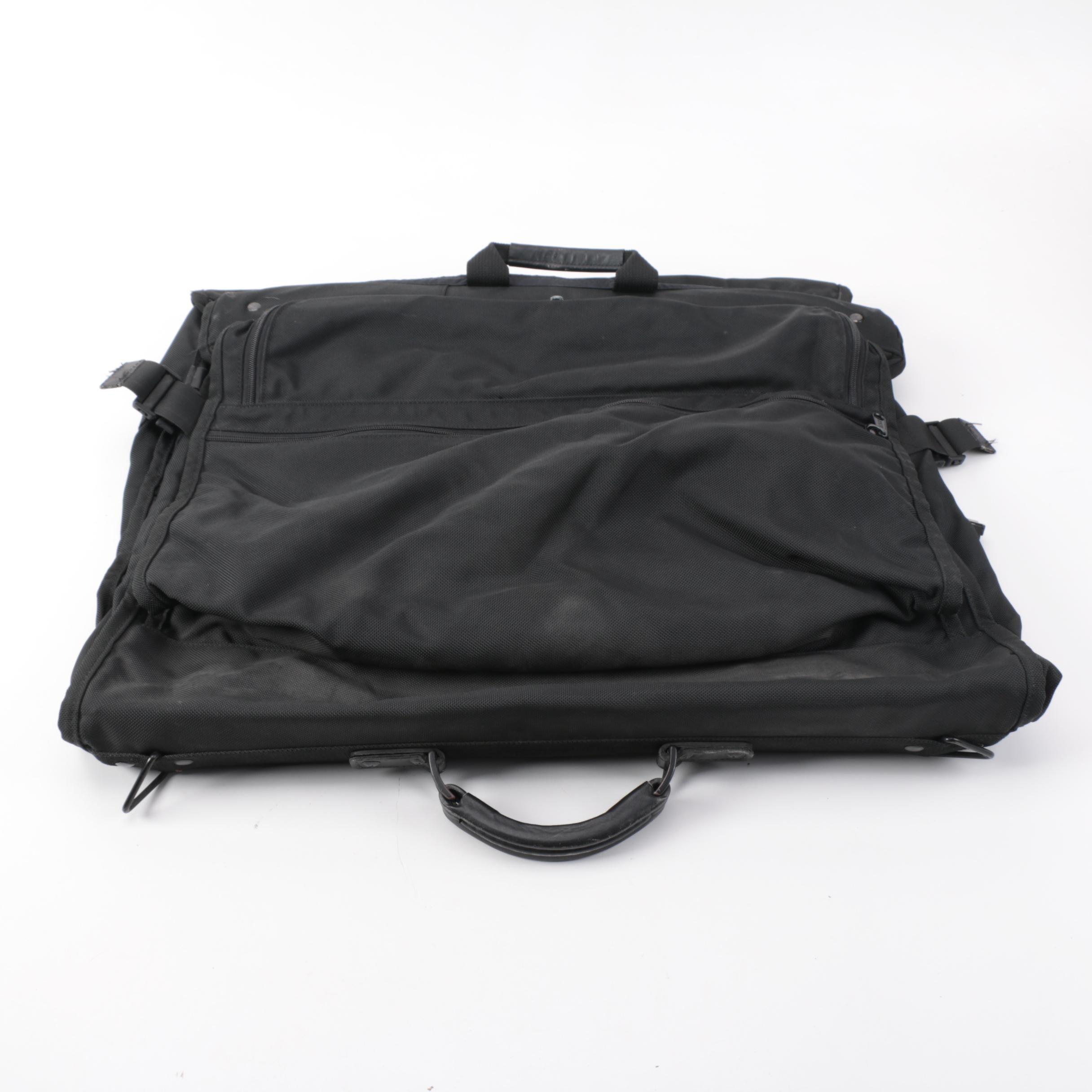 Tumi Garmet Bag