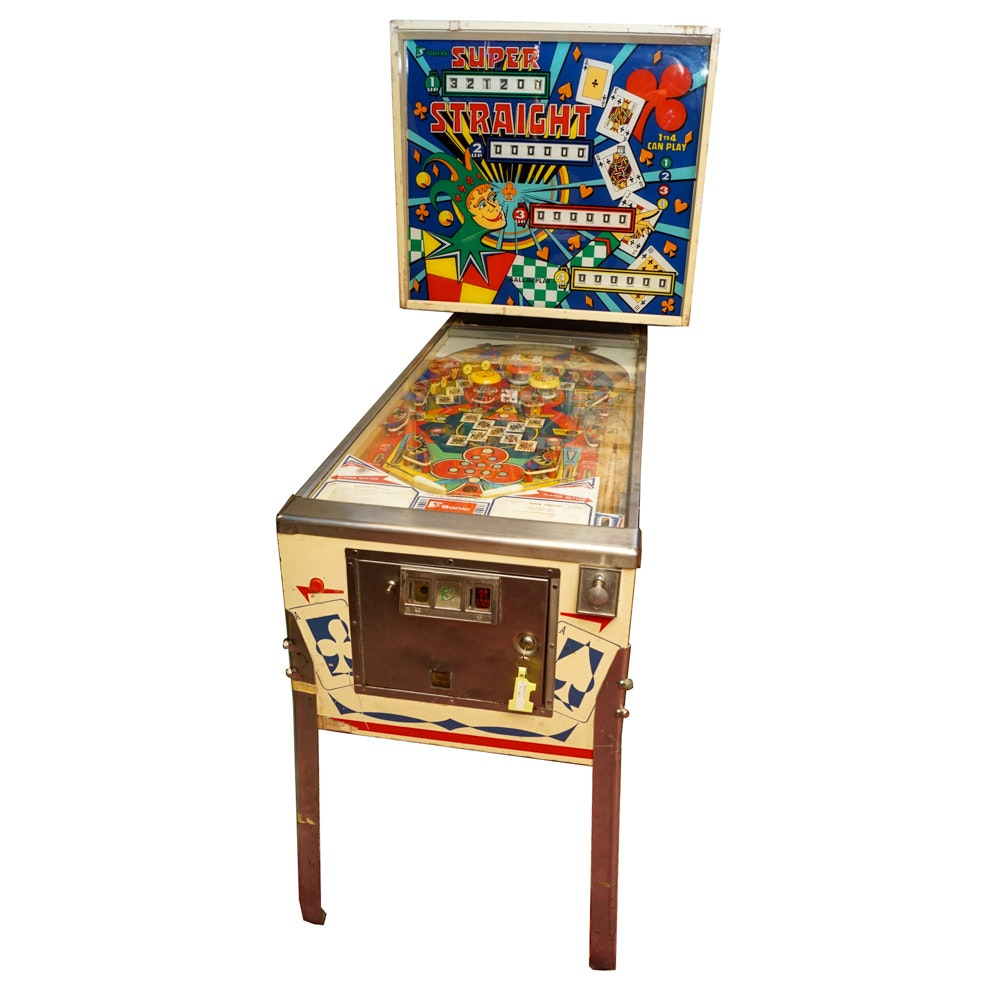 """Sonic """"Super Straight"""" Pinball Machine"""