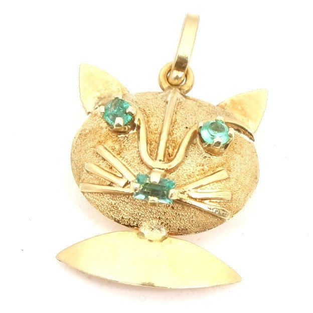 18K Gold and Emerald Cat Pendant