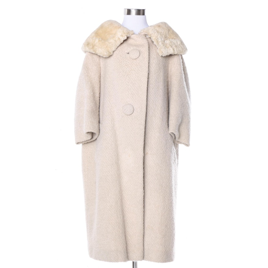 8222f8b5fb7c Vintage Textured Wool Coat with Mouton Collar   EBTH