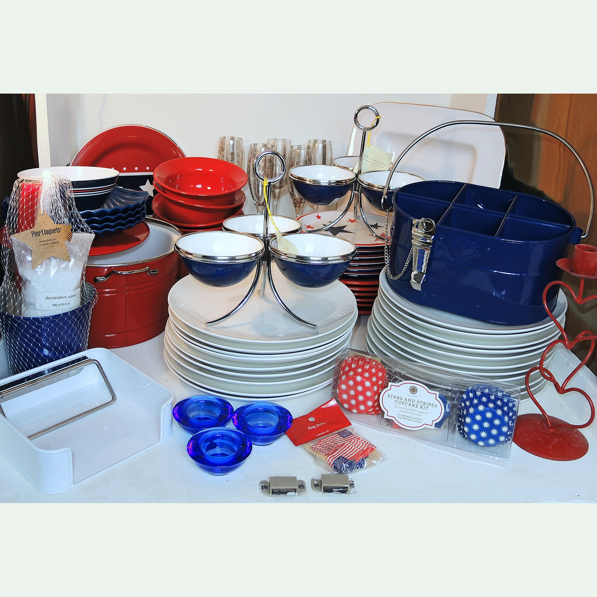July 4th Entertaining Featuring Pottery Barn and Pier 1 Tableware ... & July 4th Entertaining Featuring Pottery Barn and Pier 1 Tableware : EBTH