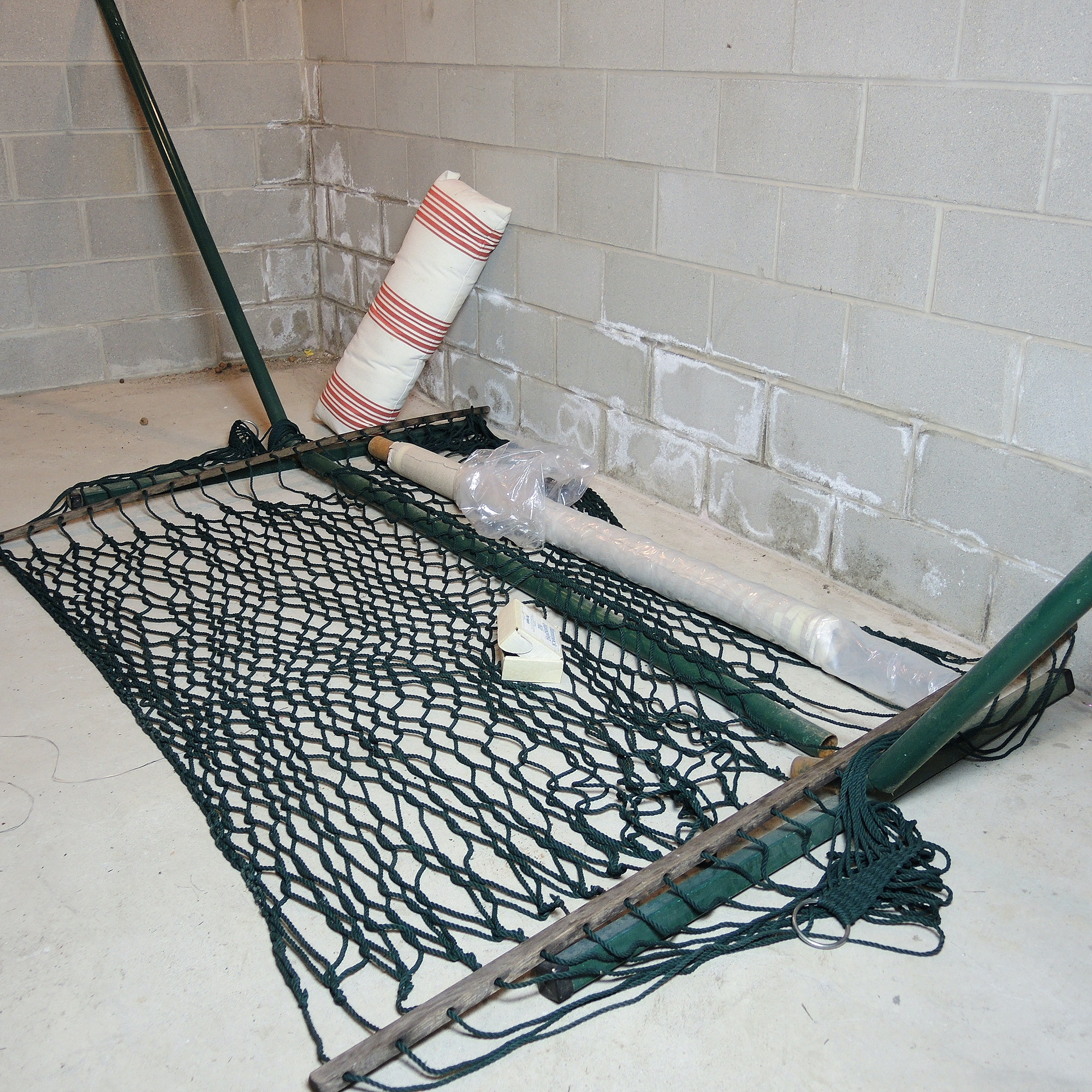 Twin Oaks Hammock with Metal Stand and Potterybarn Pillow