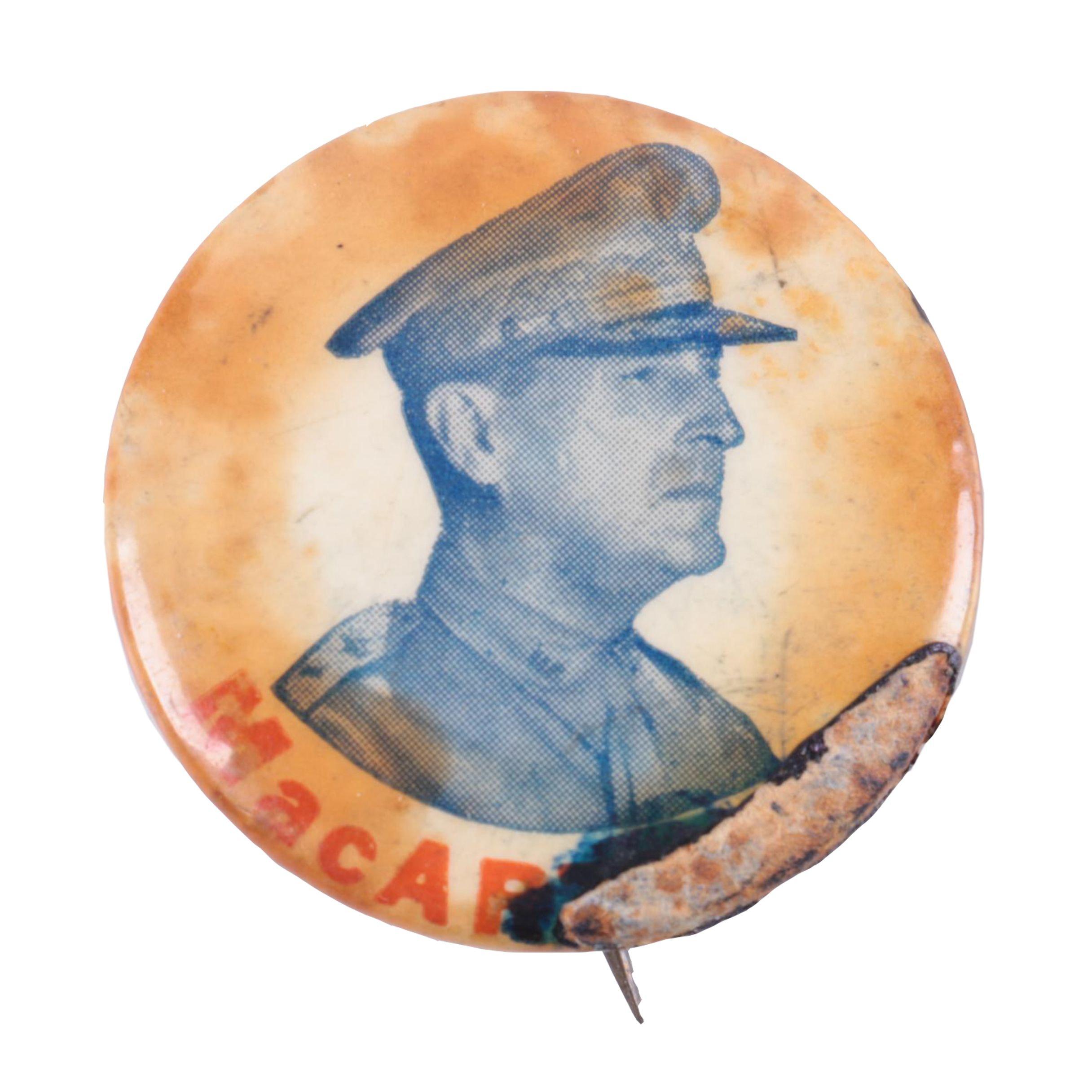Vintage General Douglas MacArthur Pinback