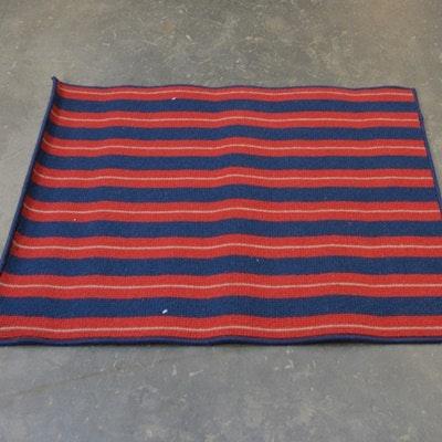 Machine-Woven Wool Small Area Rug