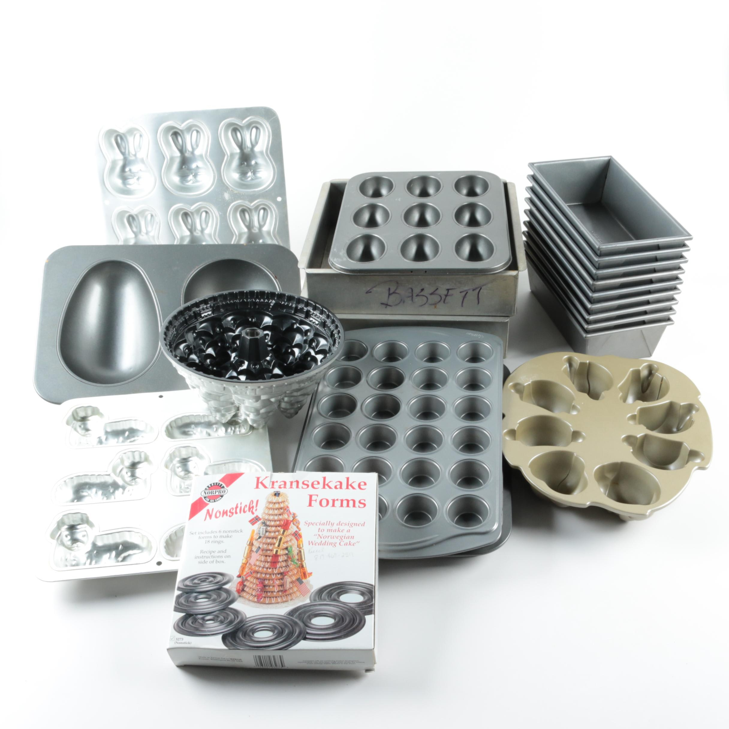 Assortment of Bakeware and Cake Pans