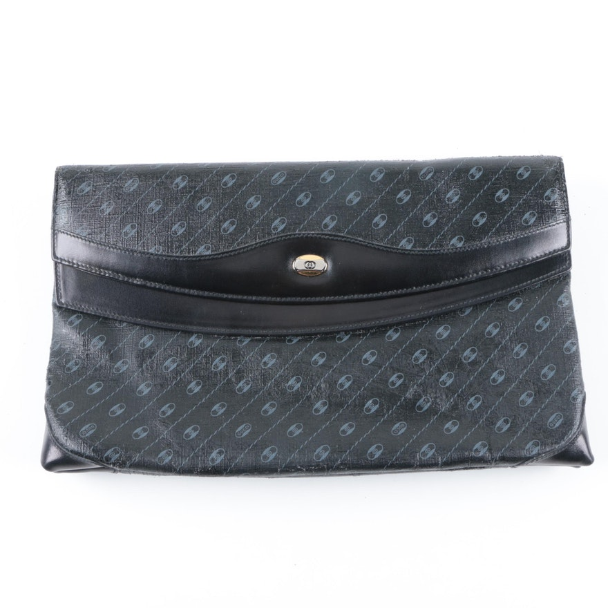 a278a1b240c Vintage Gucci Envelope Clutch   EBTH