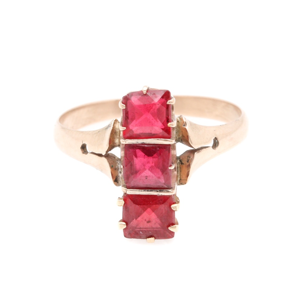 Victorian 10K Yellow Gold Garnet and Glass Doublet Ring