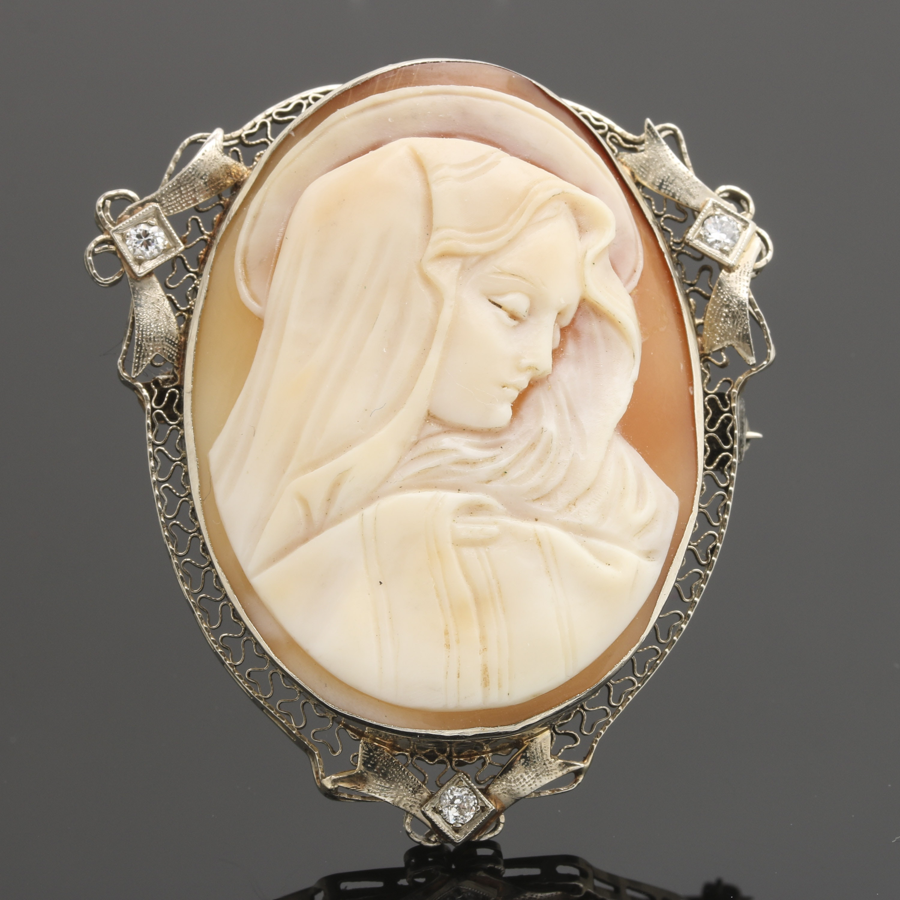 Vintage 14K Yellow Gold Carved Helmet Shell and Diamond Madonna Cameo Brooch