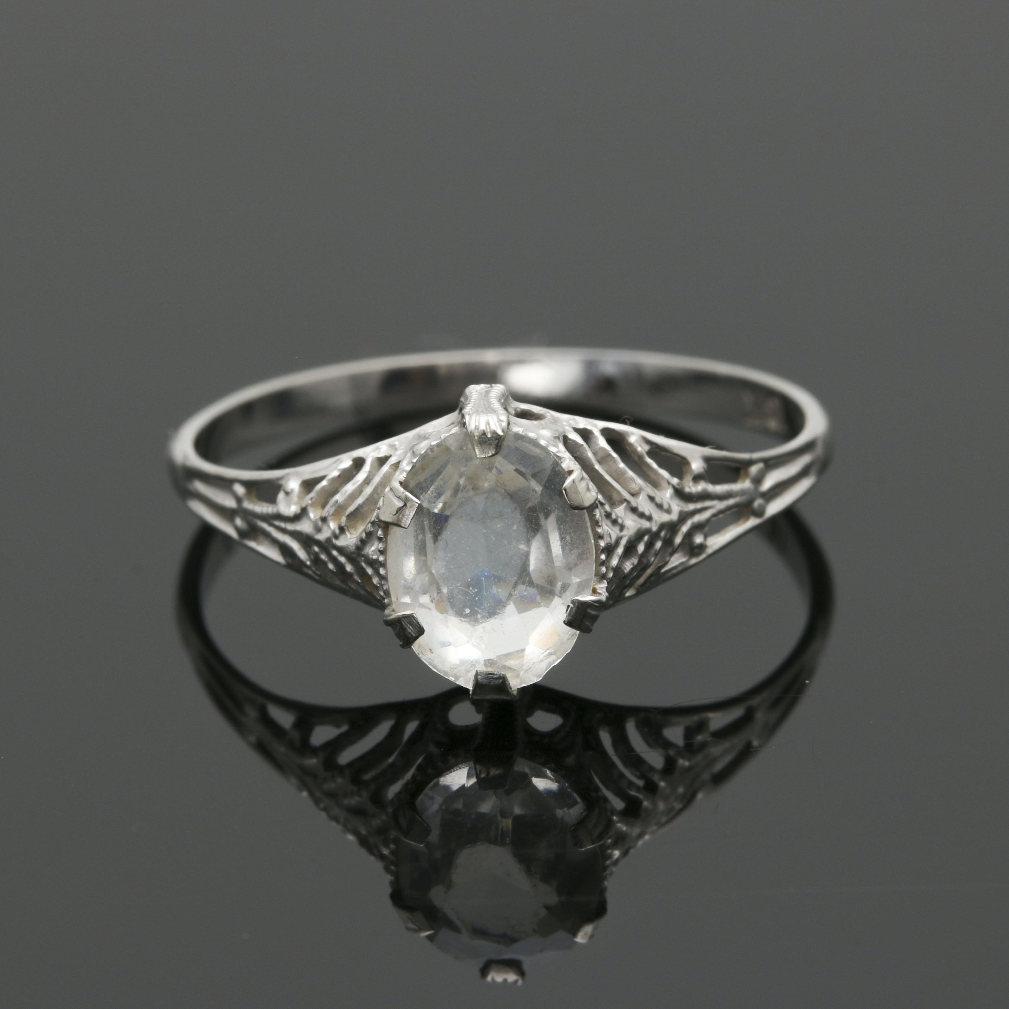 18K White Gold Glass Ring