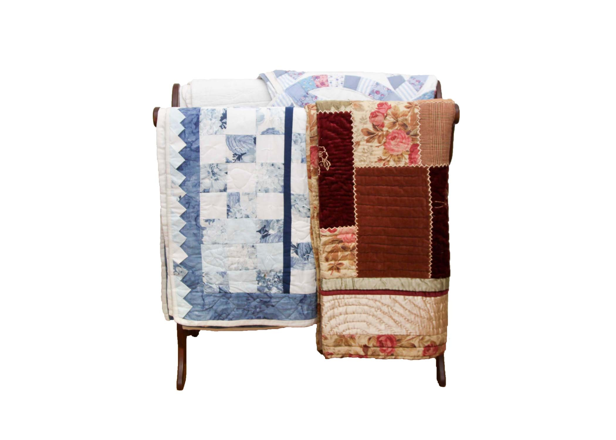 Quilt Stand and Quilts