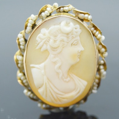 10K Yellow Gold Helmet Shell Seed Pearl Cameo Pendant Brooch