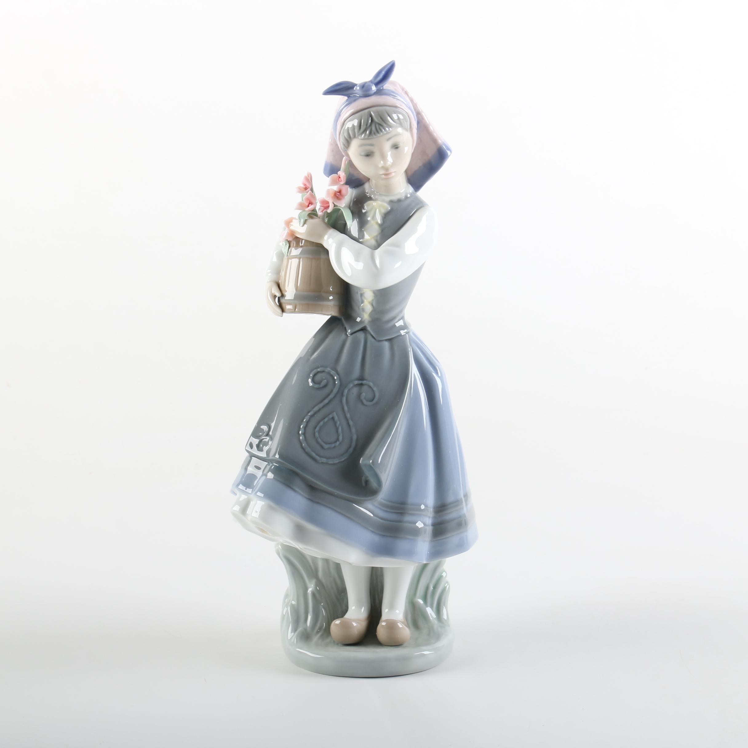 "Lladró ""Budding Blossoms"" Porcelain Figurine #1416 with Box"