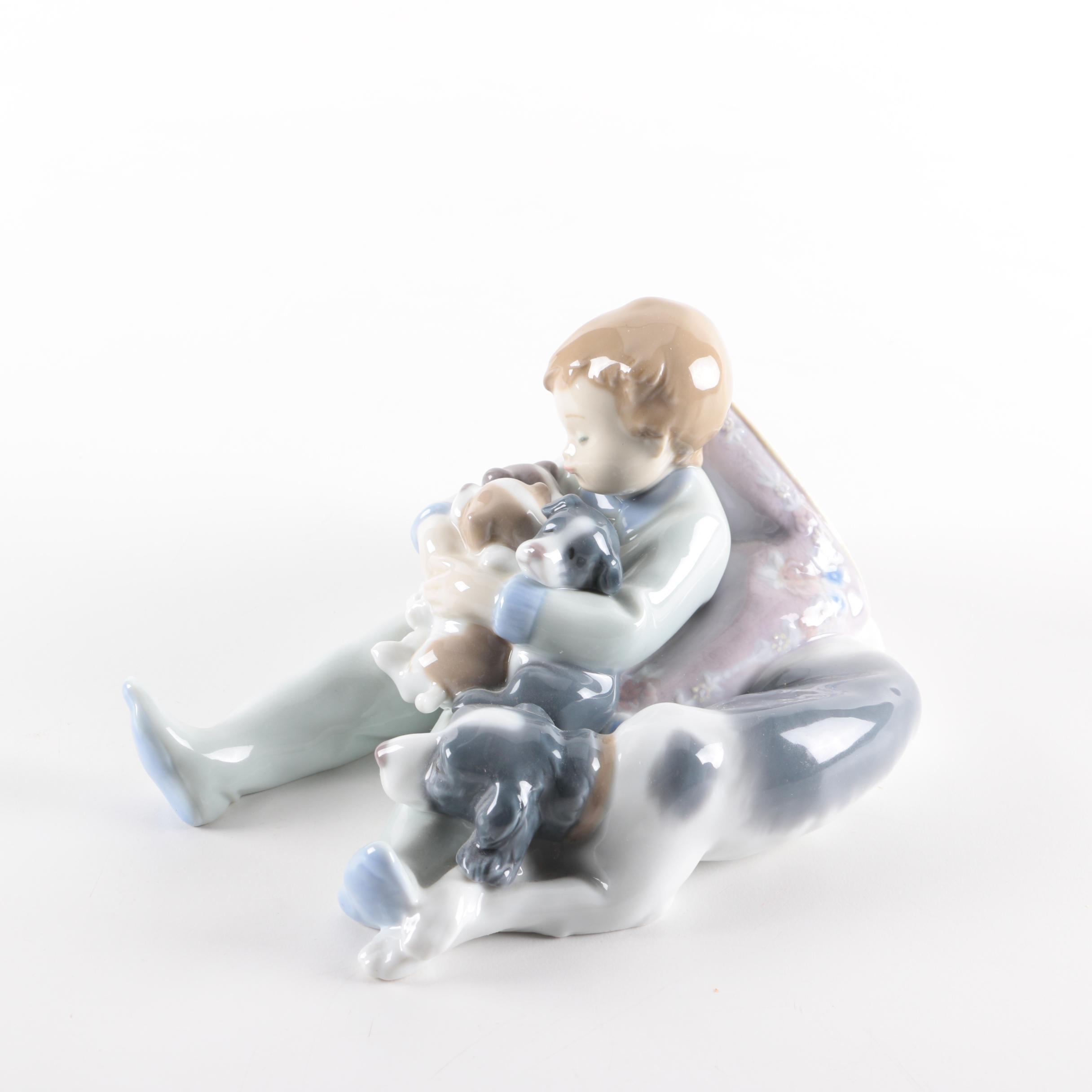 "Lladró ""Sweet Dreams"" Porcelain Figurine"