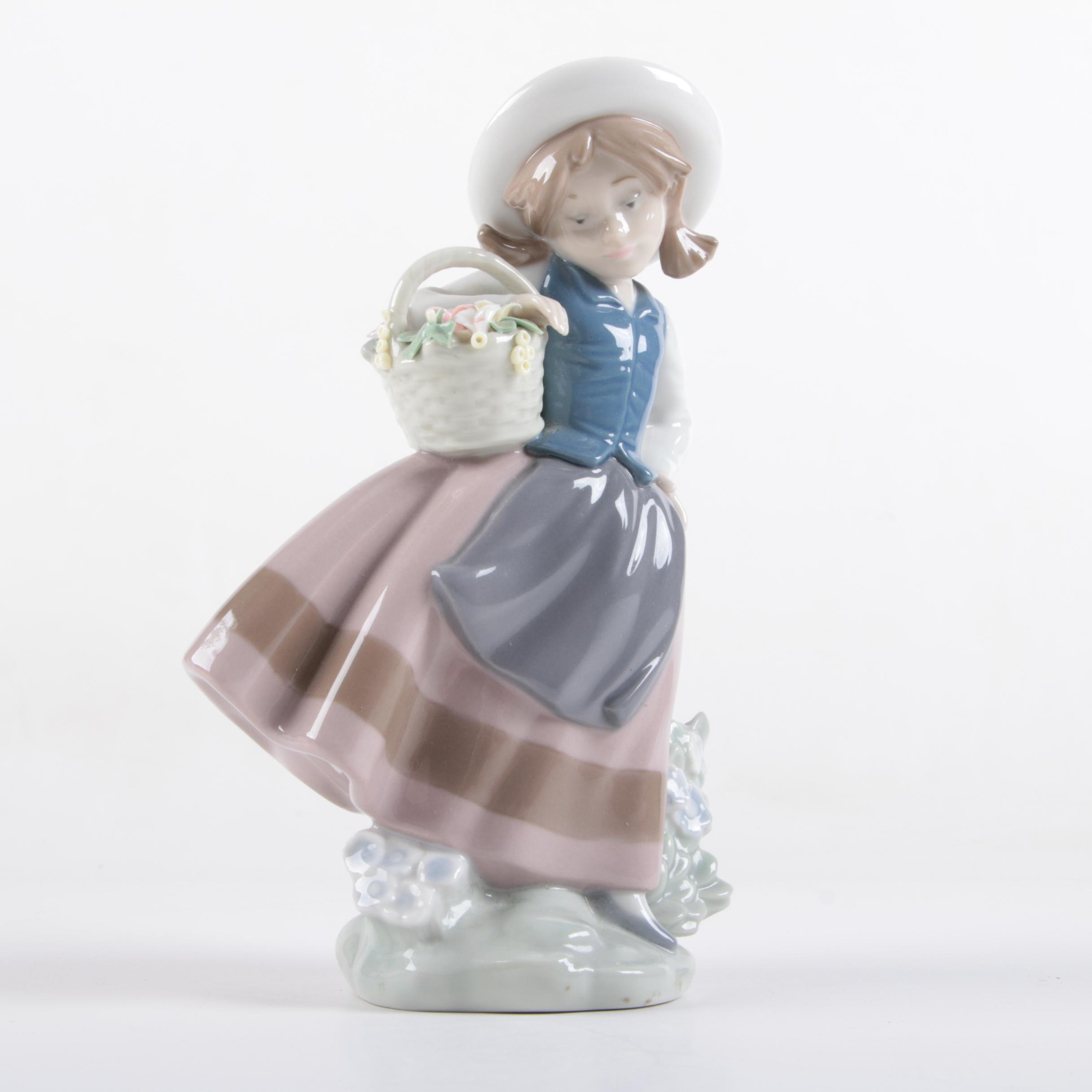 "1983 Lladró ""Sweet Scent"" Figurine"