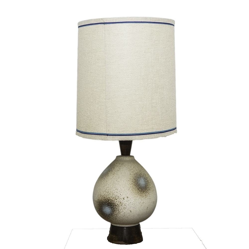 Mid Century Modern Ceramic and Wood Table Lamp