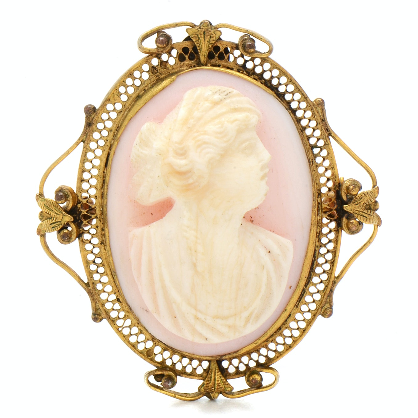Vintage Carved Shell Cameo Brooch in Filigree Mount