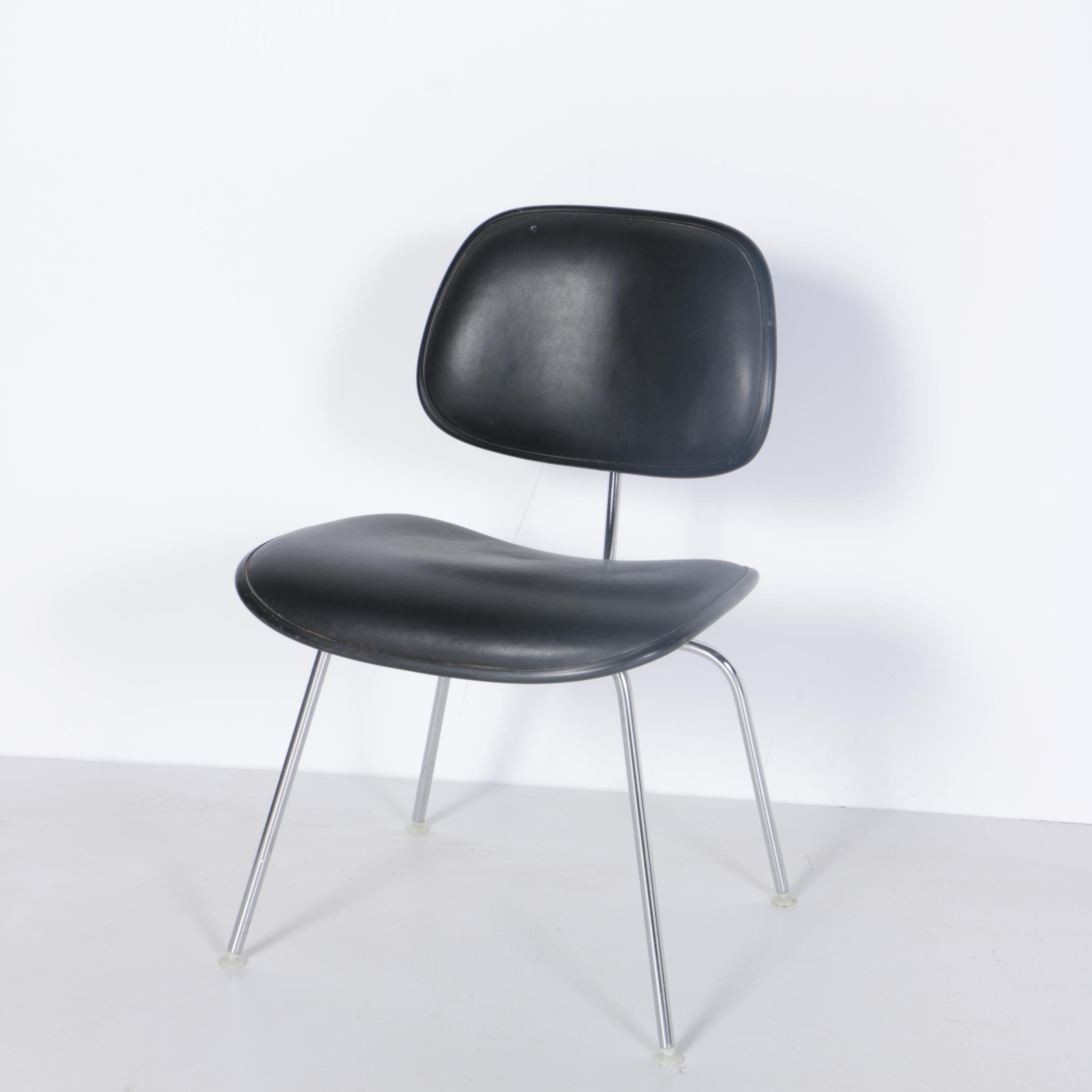 Vintage Eames for Herman Miller Mid Century Modern DCM Side Chair
