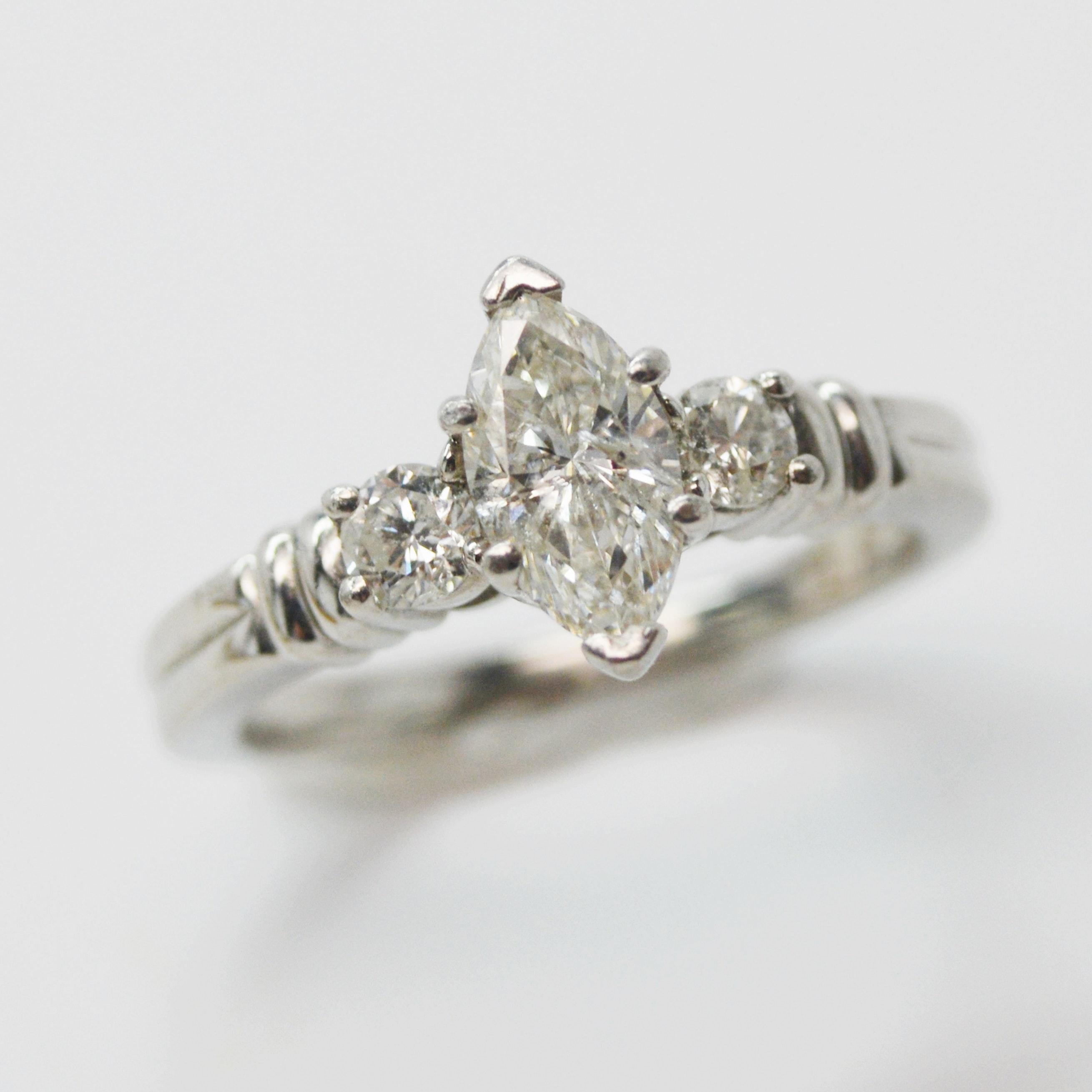 Platinum 0.93 CTW Diamond Engagement Ring