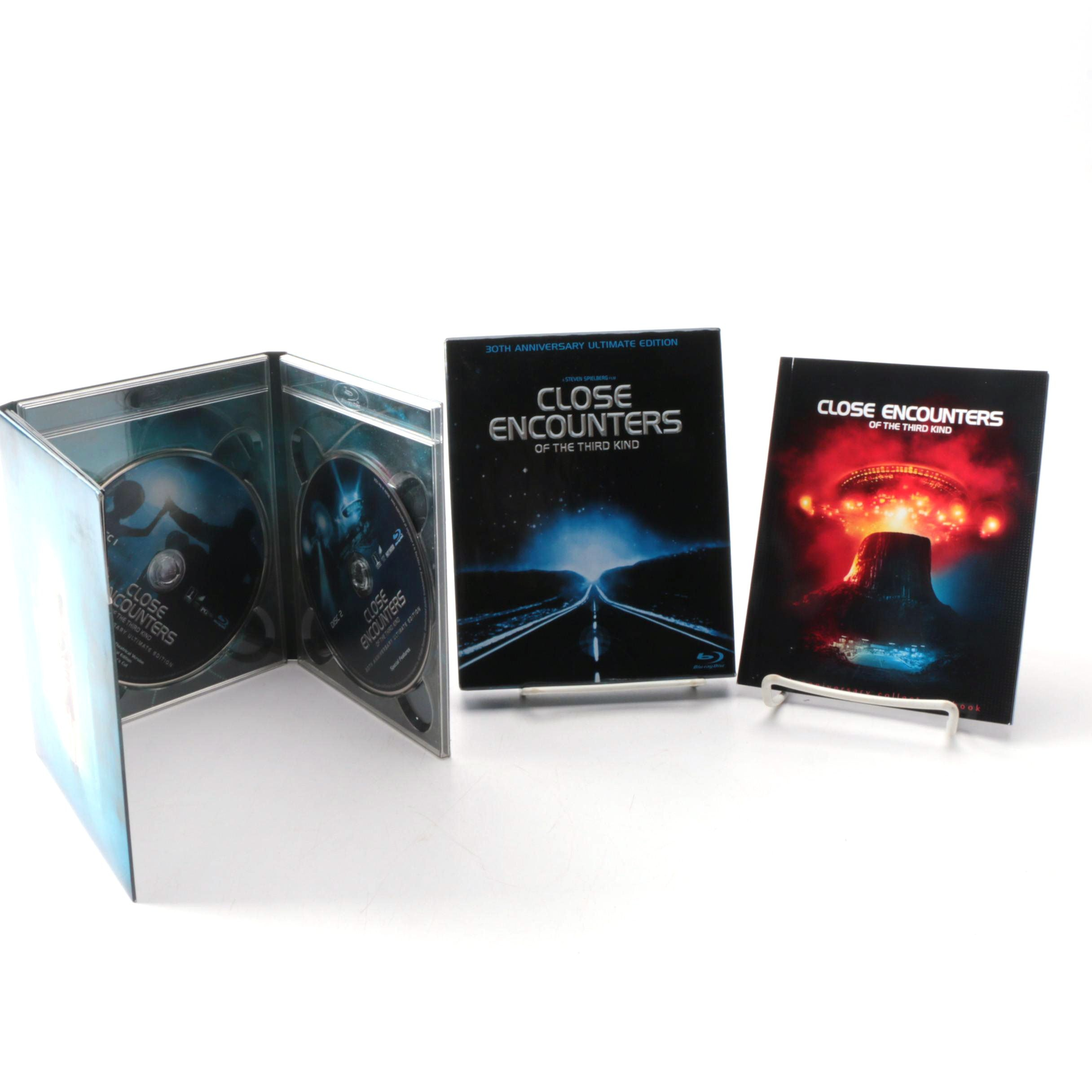 """""""Close Encounters of the Third Kind"""" Ultimate Edition Blu-ray Box Set"""