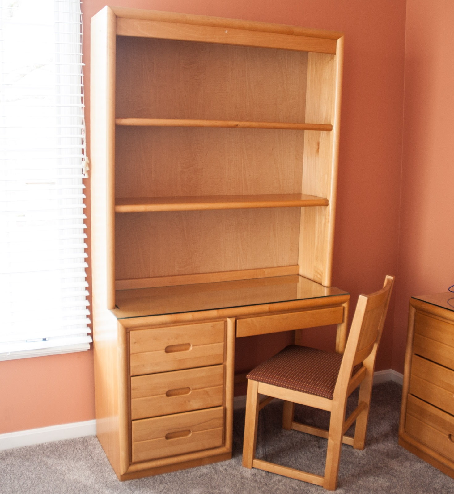 Desk with Hutch by Lexington Furniture