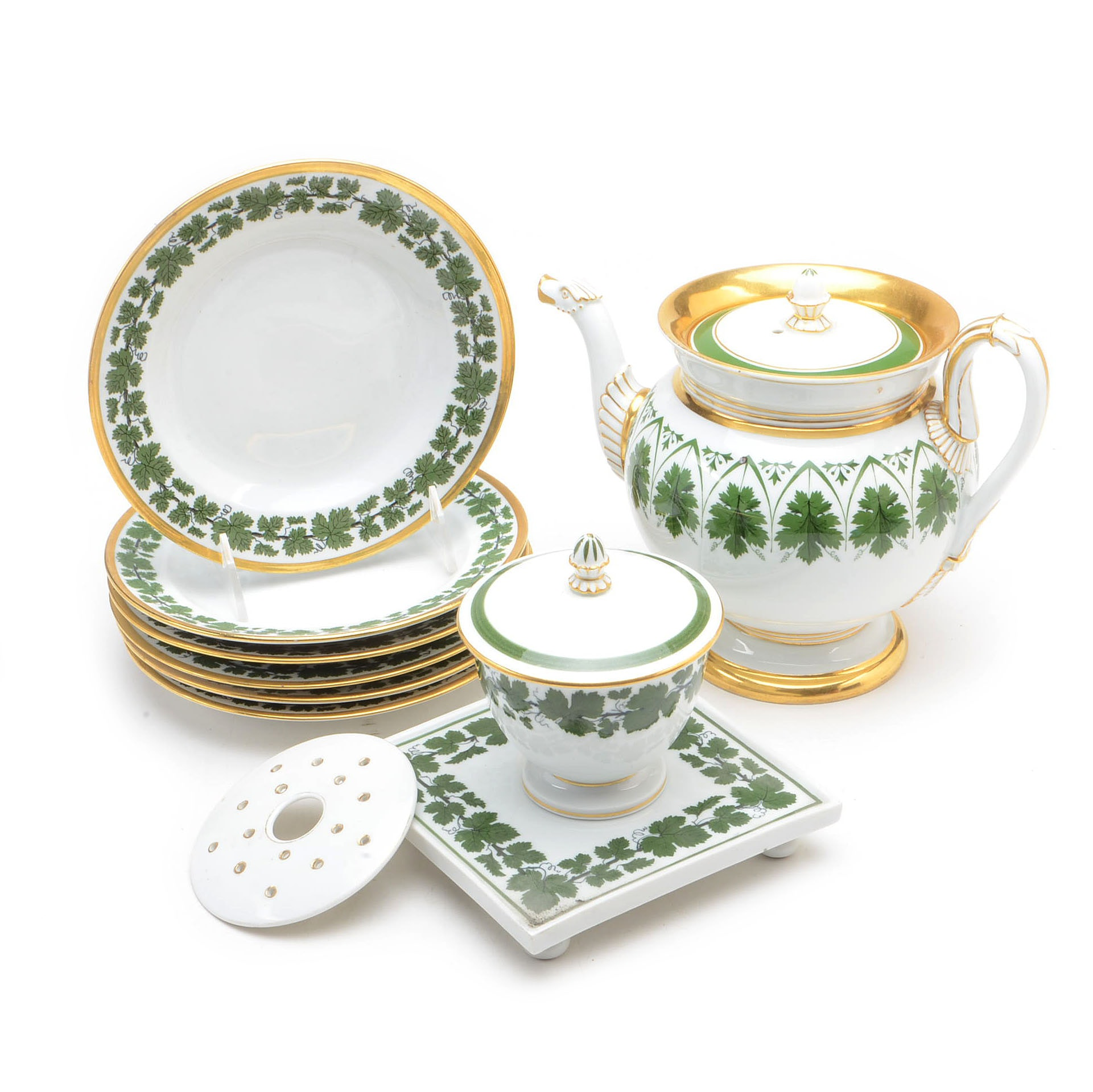 "Meissen Porcelain ""Full Green Vine"" Tableware"