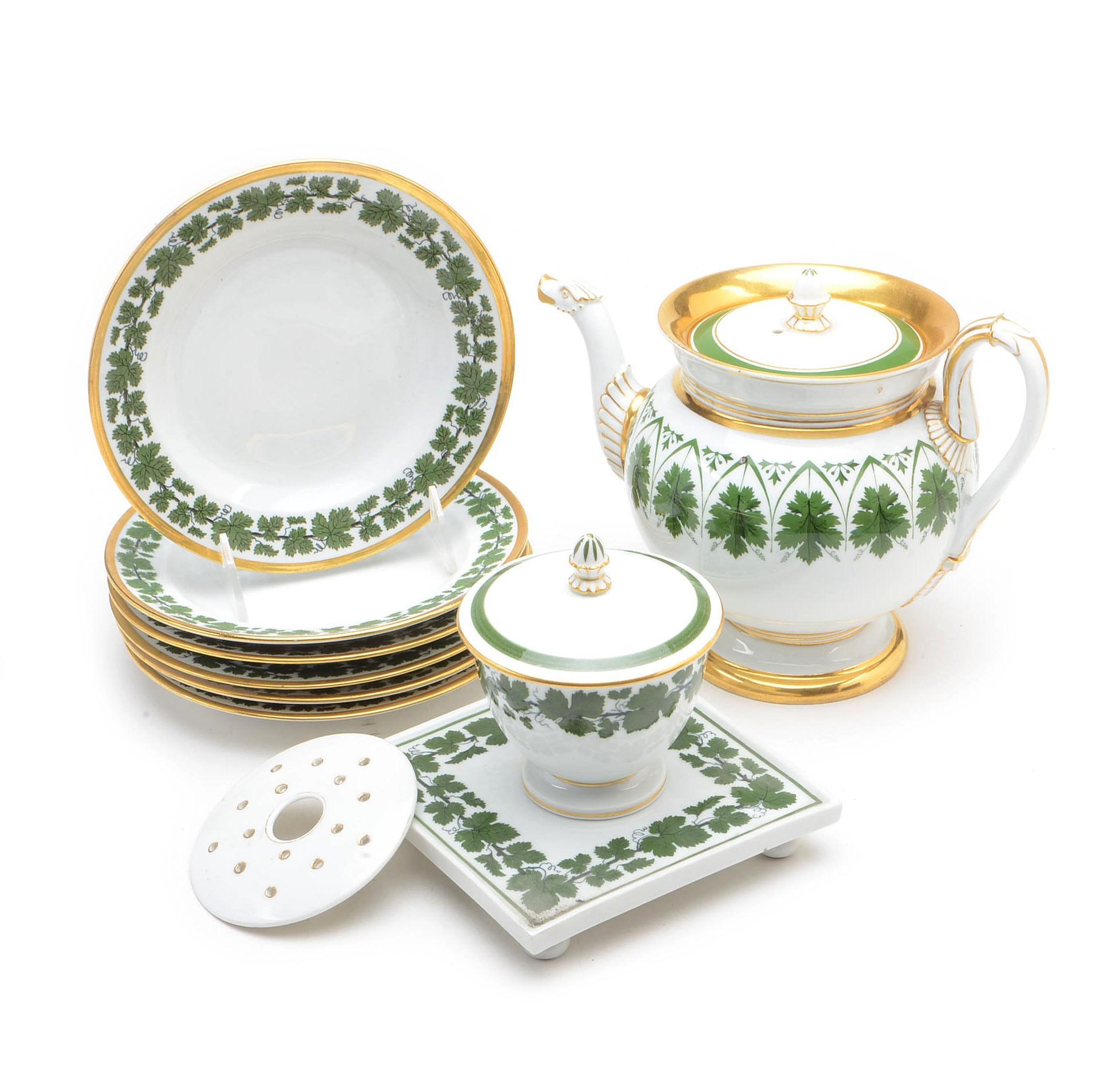 """Meissen Porcelain """"Full Green Vine"""" Tableware"""