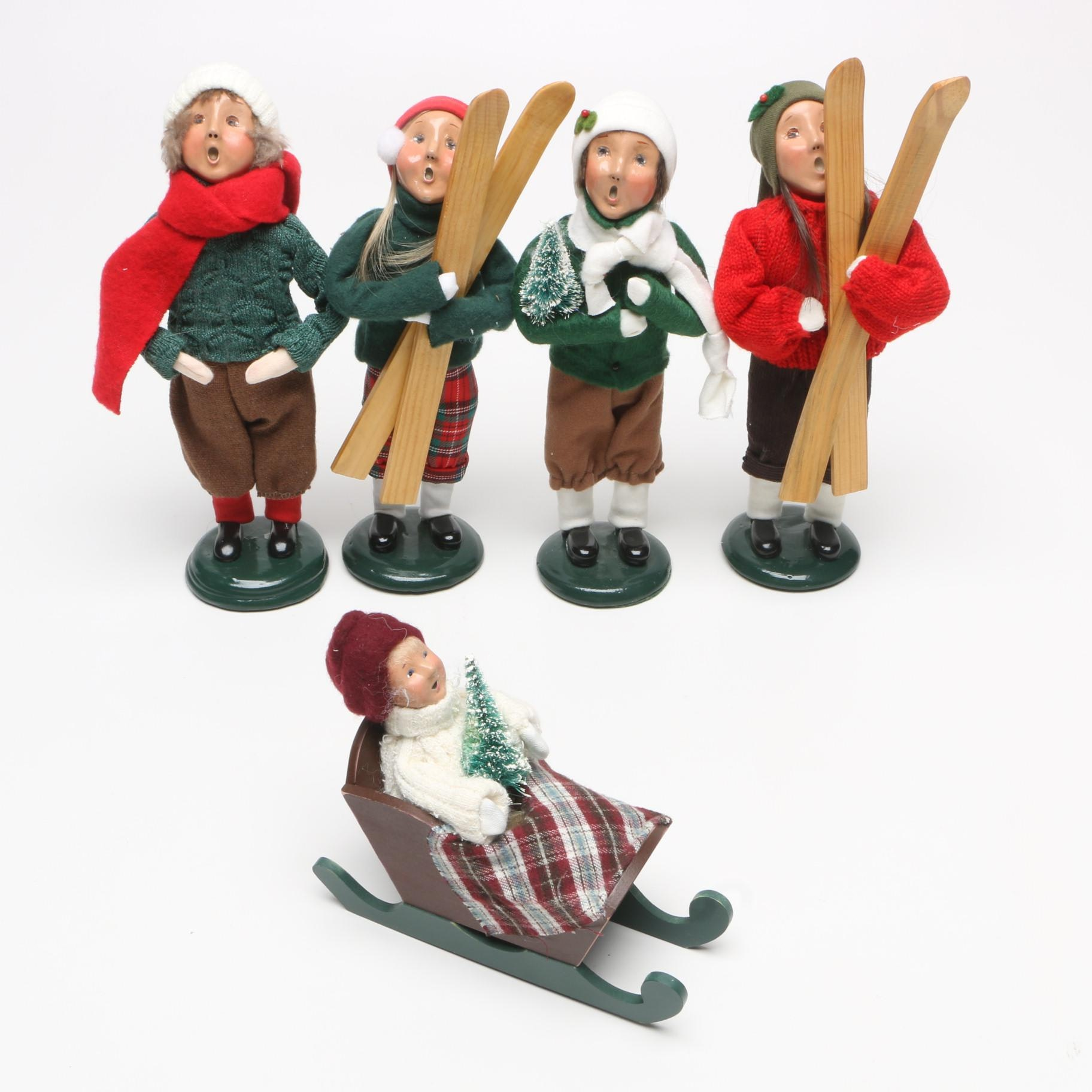 Byers' Choice Caroling Dolls