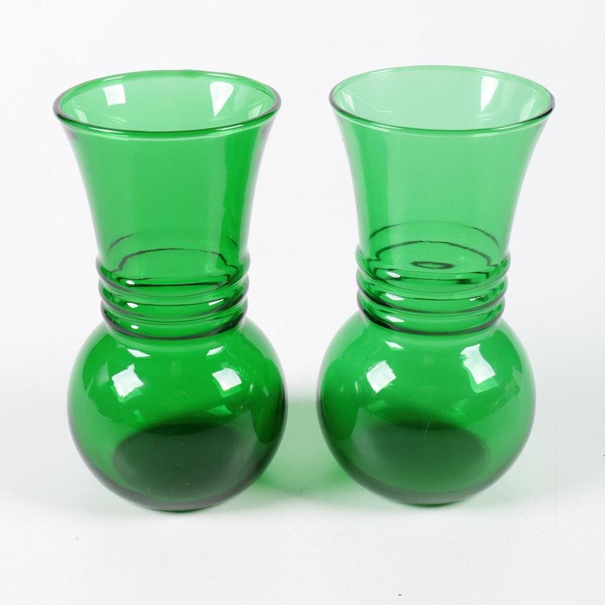 Vintage Anchor Hocking Green Glass Vases Ebth