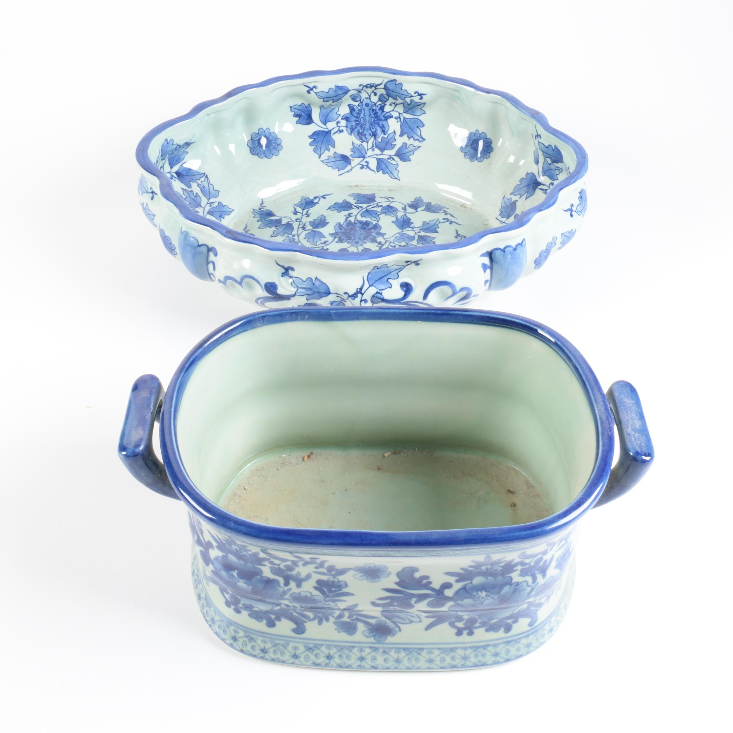 Chinese Vintage Blue and White Planters