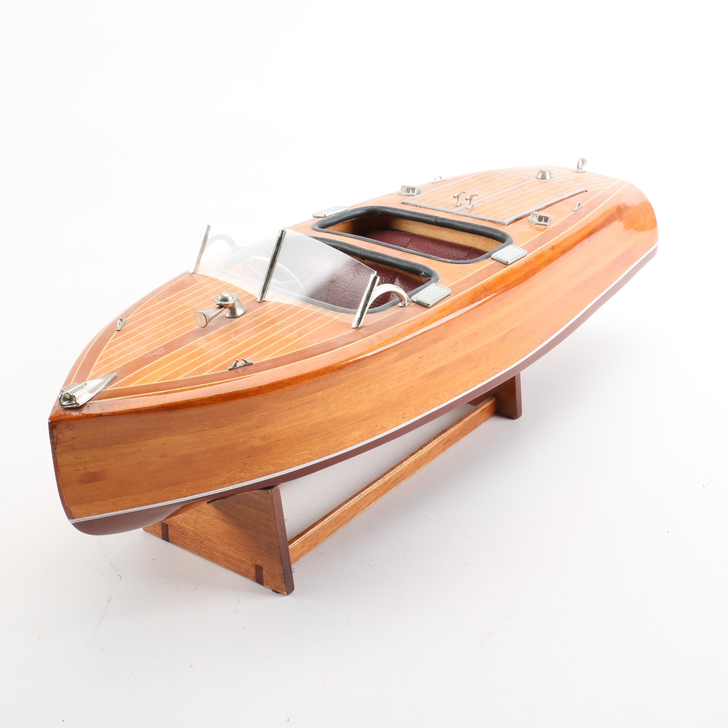 Runabout Model Boat